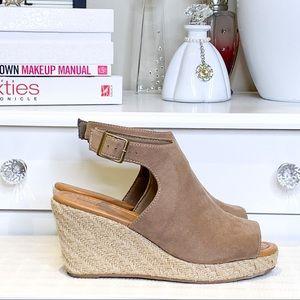 George suede-like wedge heel Size 8